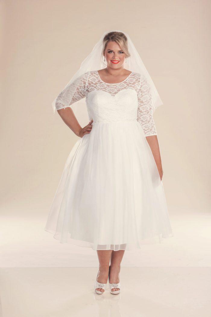 1960 Retro style wedding dress